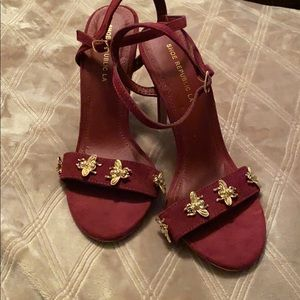 Burgundy heels with gold bee detailing